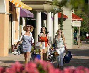 Поездки для для покупок необходимых товаров - шоппинг туры