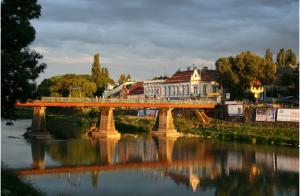 Ужгород - самый маленький областной центр Украины