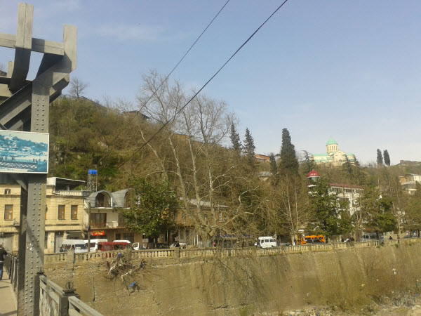 Квартал - Джачвисхиди. На холме видно Ххрам Баграта