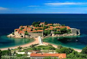 Любителям пляжного отдыха - Черногория сегодня